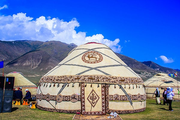 tours in kyrgyzstan shephards life