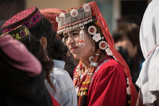 tadjikistan woman